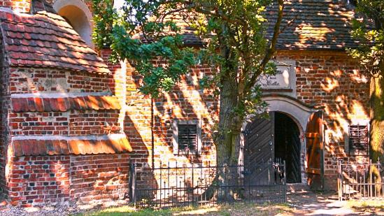 Romantische Dorfkirchen im Kattewinkel